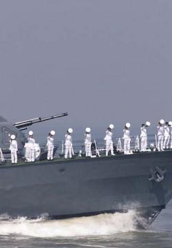 תפילת מנחה וכיפה בתימרון עם חיל הים ההודי