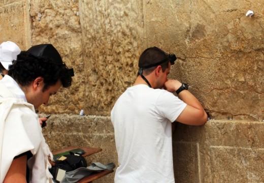 תפילה בכותל (3) (Small)