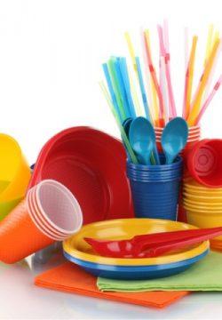 קיבלנו כלים מדודה שלי, איני יודעת אם הכלים בשריים או חלביים,