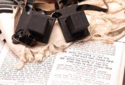 האם מותר להשתמש בתפילין של אבא שלי זכרונו לברכה?